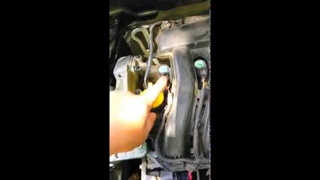 Замена свечей и воздушного фильтра Renault Fluence