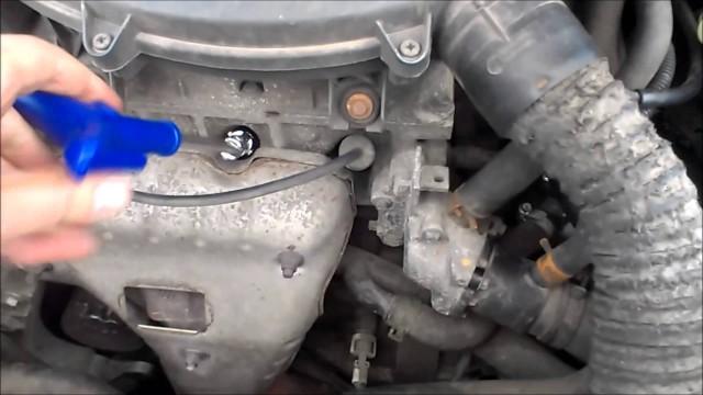 Замена свечей зажигания Renault Symbol, Logan K7J