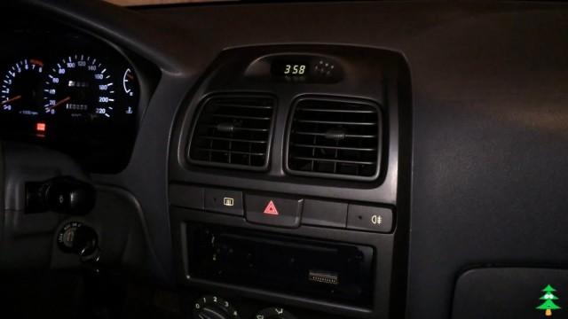 Замена салонного фильтра Hyundai Accent 2