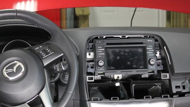 Снятие магнитолы Mazda CX-5