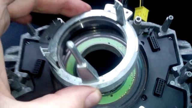 Замена датчика положения руля BMW E65
