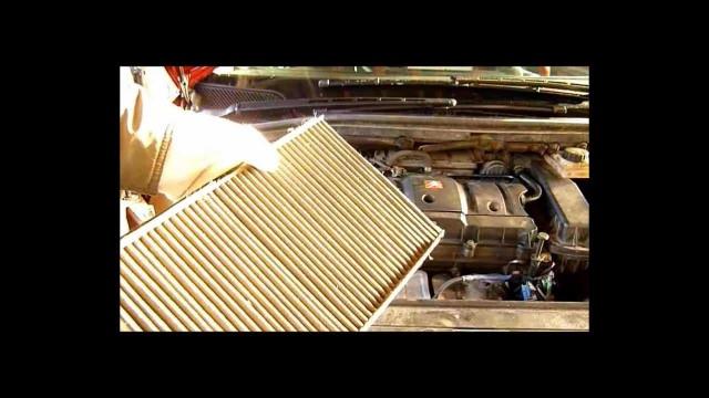 Замена фильтра салона Citroen C4