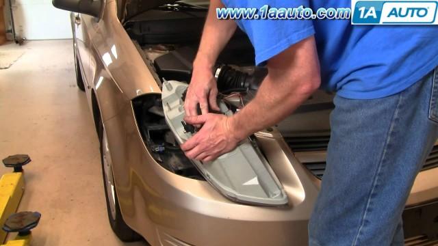 Замена передних фар и ламп в фарах Chevrolet Cobalt