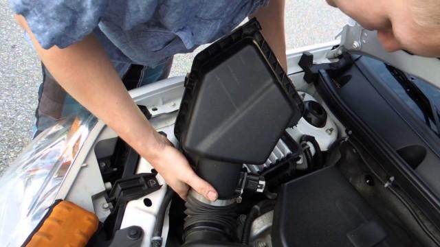 Замена воздушного фильтра Chevrolet Cobalt