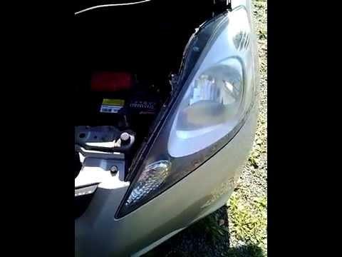 Замена ламп передних габаритов Honda Fit/Jazz 2