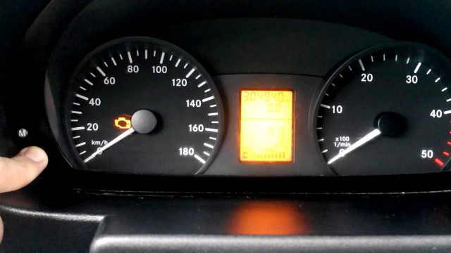 Сброс сервисного интервала Mercedes Sprinter 906