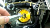 Снятие и разборка руля Nissan Tiida