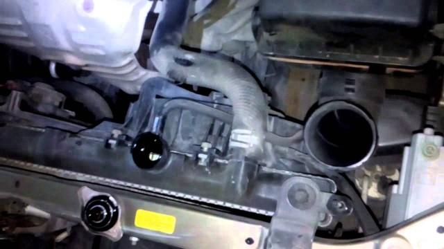 Замена антифриза Mazda 323