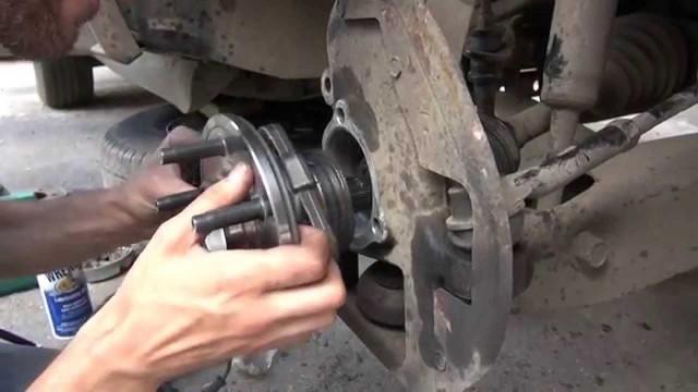 Замена передней ступицы Ford Explorer