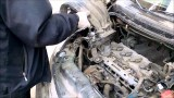 Замена свечей зажигания Nissan Tiida