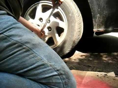 Замена тормозных колодок Nissan Maxima 3