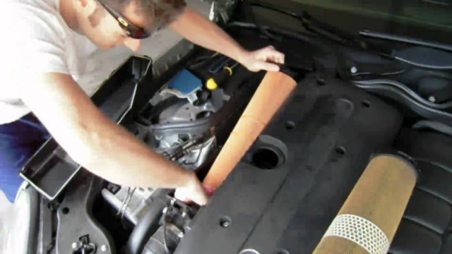 Замена воздушного фильтра Mercedes W211