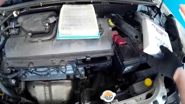 Замена воздушного фильтра Nissan Note