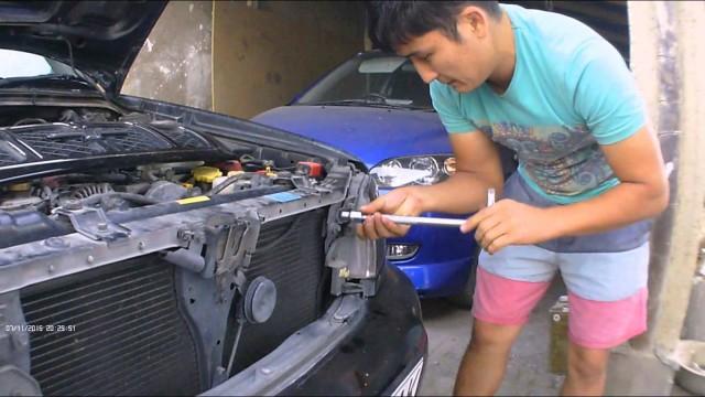 Снятие фары и решетки радиатора Subaru Forester