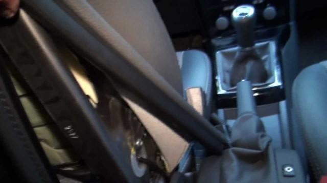 Установка подлокотника Opel Astra H