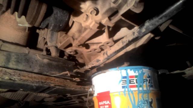 Замена масла в двигателе Toyota Auris