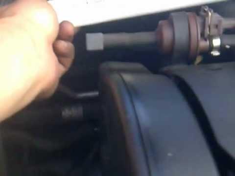 Замена салонного фильтра Peugeot 307