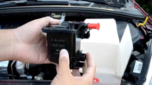 Замена топливного фильтра Peugeot 307