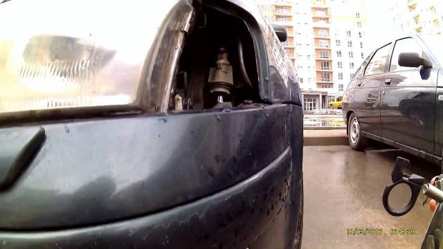 Снятие передней фары Volkswagen Passat B5