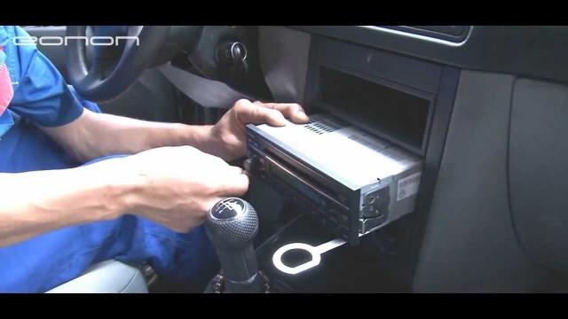 Установка DVD Volkswagen Polo