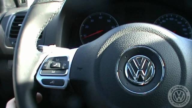 Замена штатного руля Volkswagen Jetta на GTI руль от Golf VI