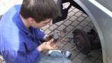 Замена тормозных колодок Volkswagen Transporter T4