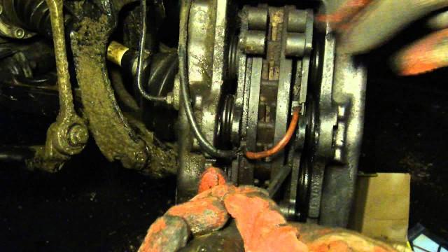 Замена тормозных колодок Volkswagen Touareg