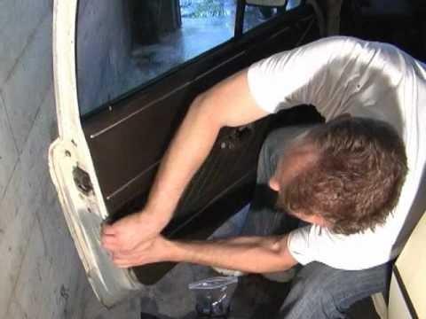 Снятие и ремонт дверных панелей (карт) Audi 80, 90