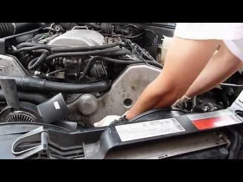 Замена водяной помпы Audi A8