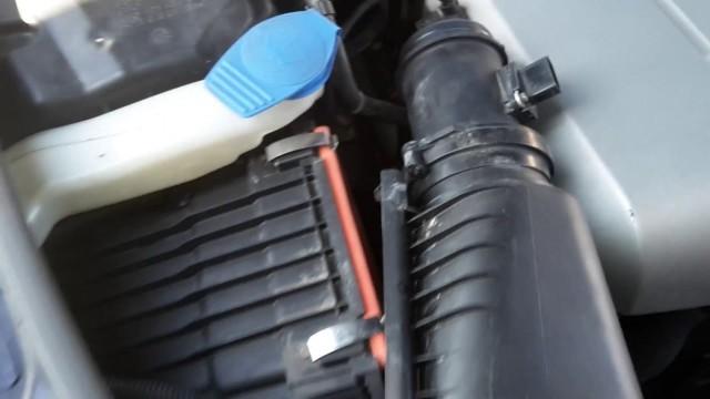 Замена воздушного фильтра Audi Q7