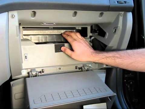 Замена салонного фильтра Hyundai Elantra IV