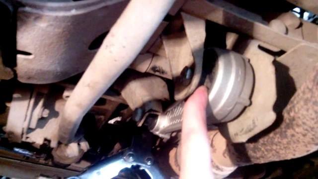 Замена опоры двигателя Renault Kangoo, Clio, Symbol