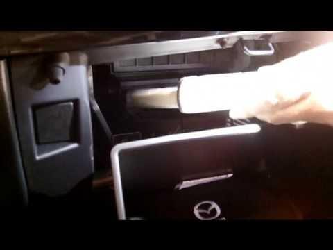 Замена салонного фильтра Mazda CX-5