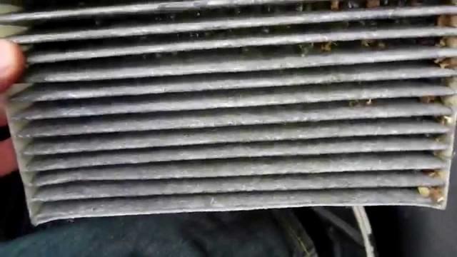 Замена салонного фильтра Mitsubishi Colt