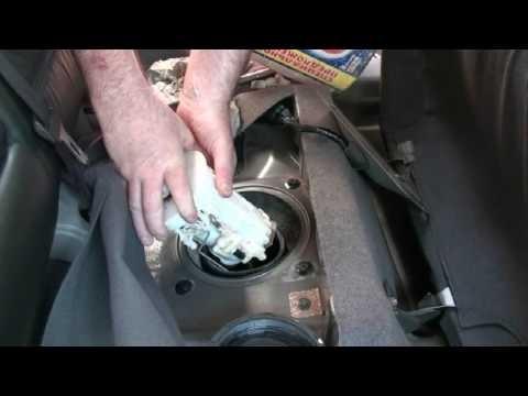 Замена топливного фильтра и насоса Nissan X-Trail T30
