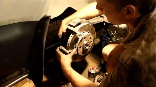 Замена задней ступицы Volkswagen Transporter T5
