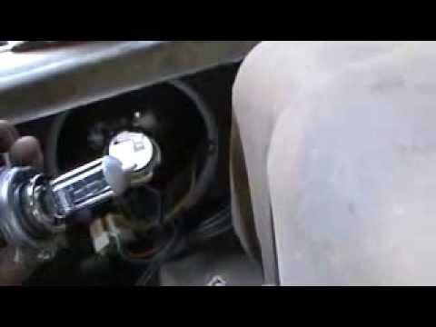 Замена лампочки передней фары ВАЗ 2109