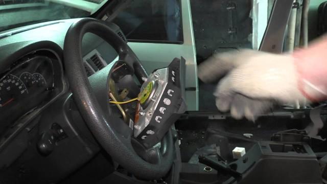 Замена подушки безопасности Lada Priora