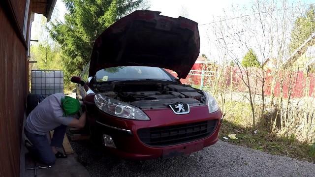 Снятие переднего бампера Peugeot 407