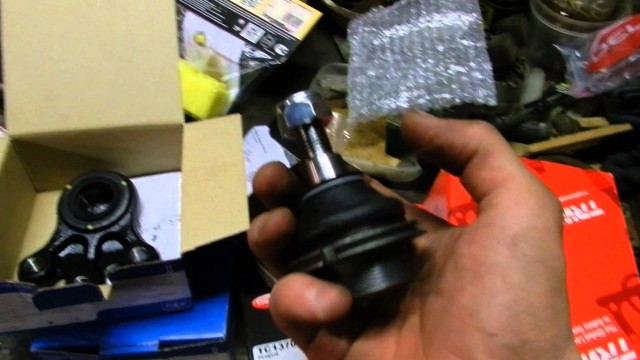 Замена шаровых опор Peugeot 407