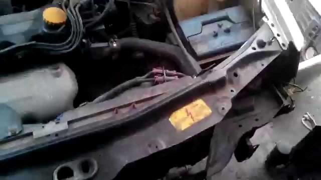 Снятие радиатор кондиционера Chery Amulet