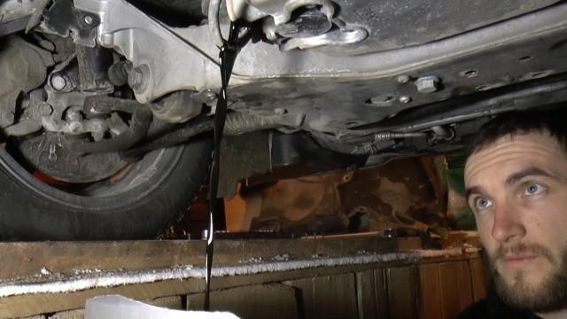 Замена масла в двигателе Mercedes W203 C200K