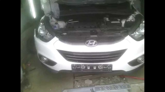 Снятие переднего бампера Hyundai ix35