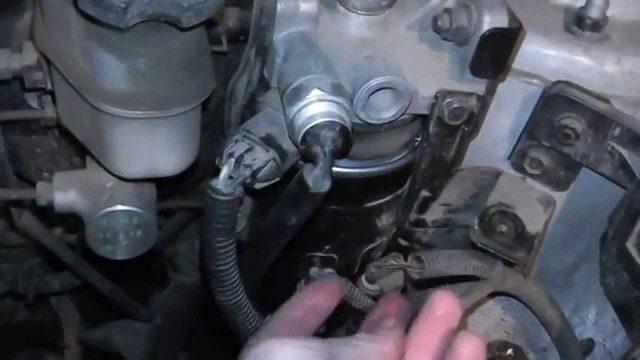 Замена топливного фильтра Hyundai Tucson (дизель)