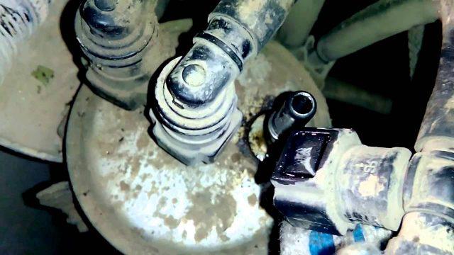 Замена топливного фильтра Kia Bongo