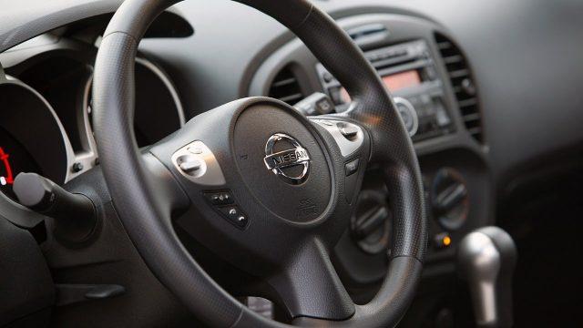 Снятие руля Nissan Juke