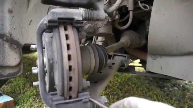 Замена тормозных колодок Opel Mokka