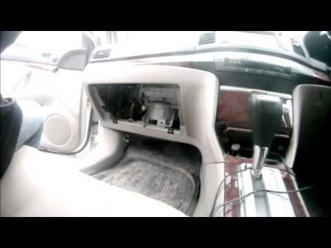 Замена салонного фильтра Toyota Allion
