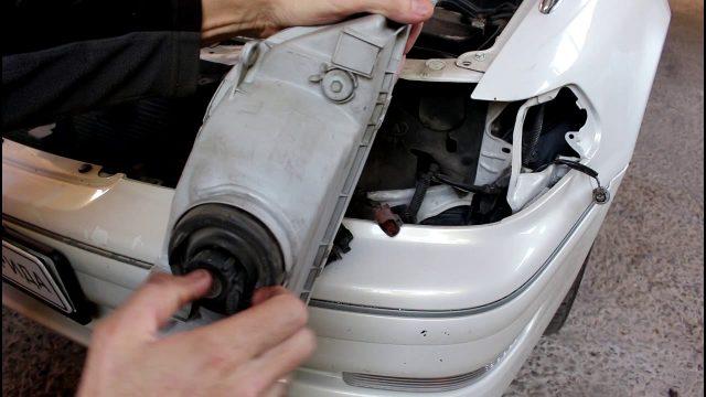 Замена ламп в фаре на светодиод Toyota Mark 2