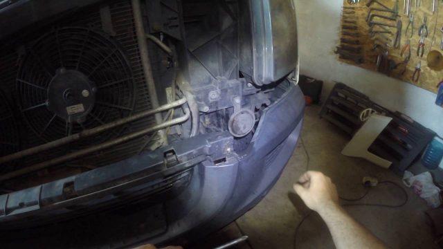 Снятие переднего бампера Volkswagen Crafter